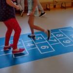 niebieska gra w klasy