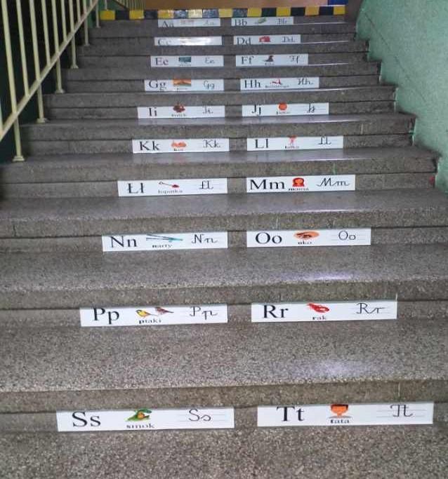 naklejki z alfabetem